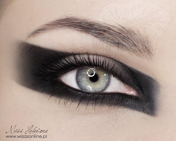 Makijaż graficzny: Frankie Morello