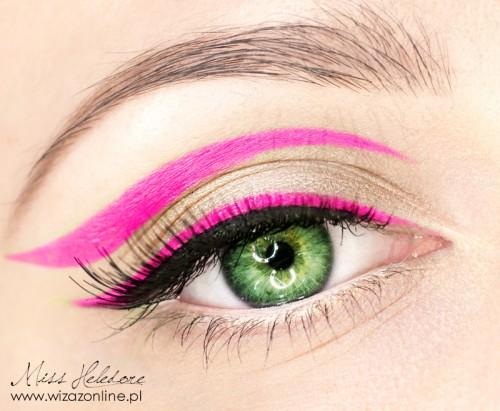 Makijaż graficzny: neonowa kreska wizaż: Monika Mitraszewska