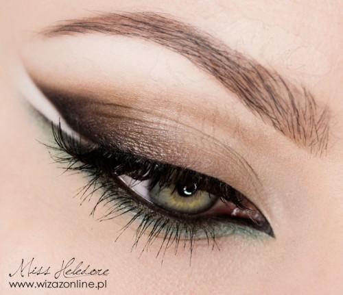 Makijaż graficzny: Kreska Jaskółka wizaż: Monika Mitraszewska