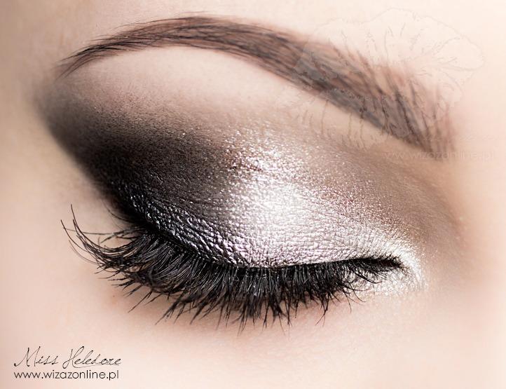 Jest to makijaż niezwykle efektowny, pod warunkiem sumiennego i ... Mila Kunis