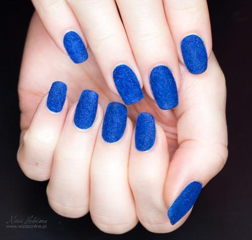 Velvet manicure - aksamitne paznokcie