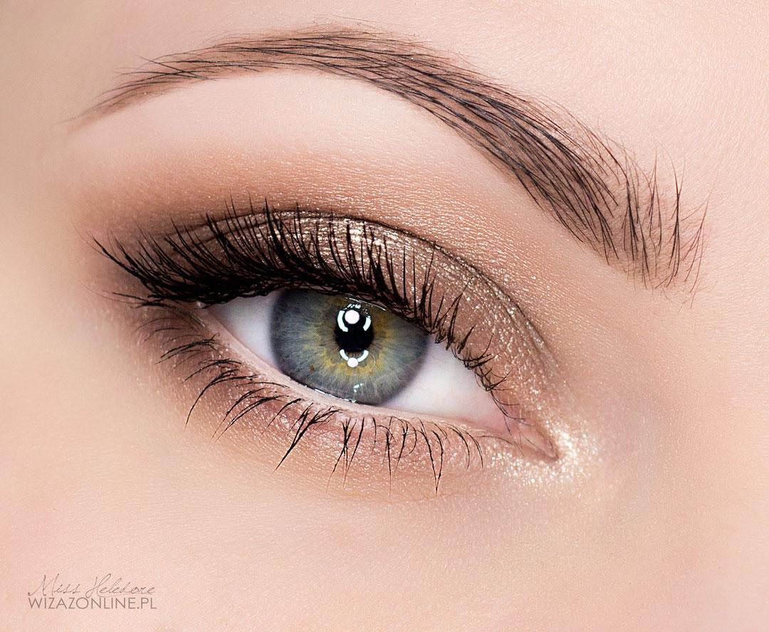 Wytuszuj rzęsy - Twój dzienny makijaż oka jest gotowy!